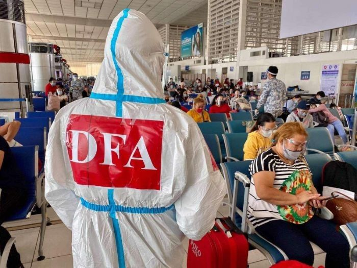 Filipinos forced back home by pandemic top 254,000 � DFA