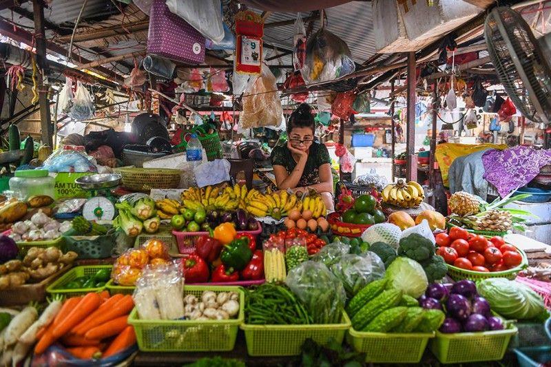 Vietnam's growth climbs, resisting global downturn