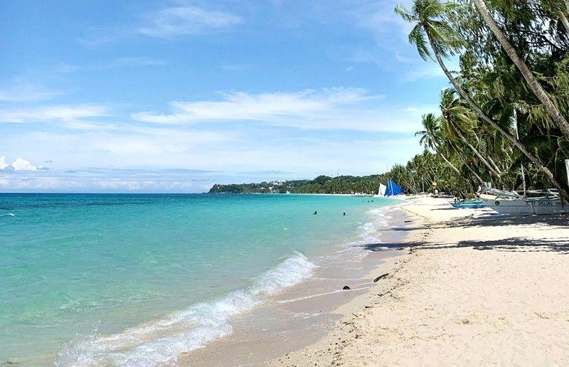 Boracay reopens: 7 visitors from Metro Manila