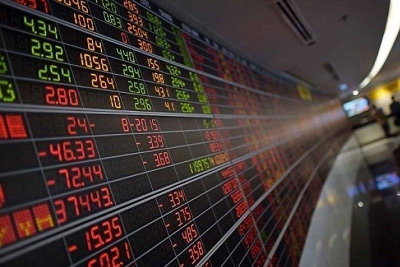 PSEi ends week in the red anew