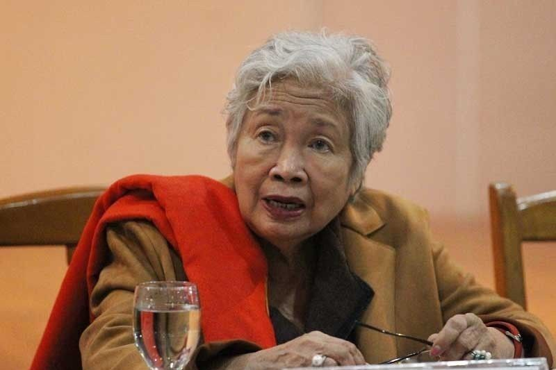 DepEd chief hits fake photos of teachers� woes