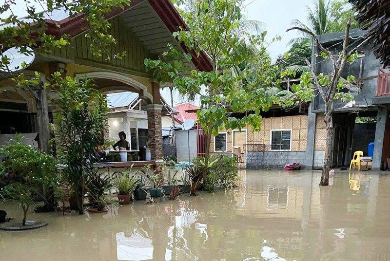 Floods hit 70 Mindanao villages