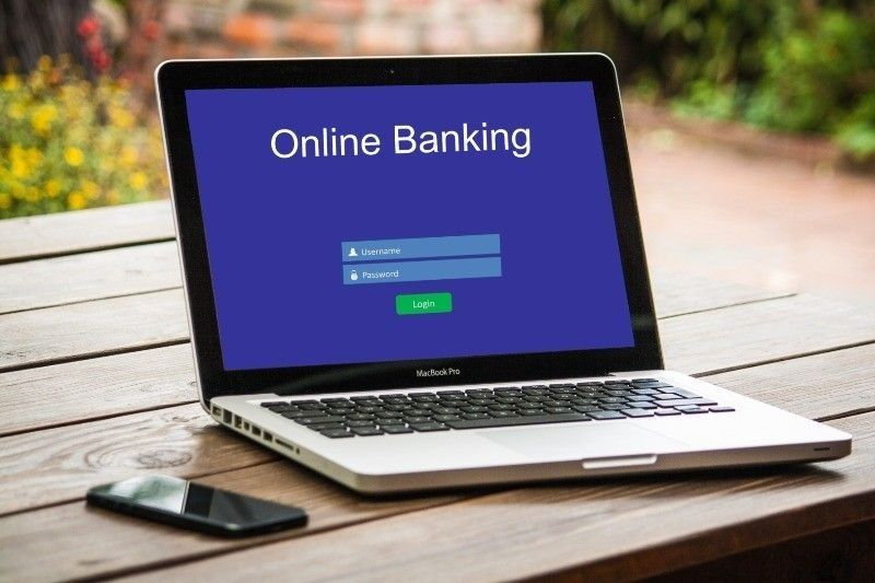 Big banks face increasing online competition