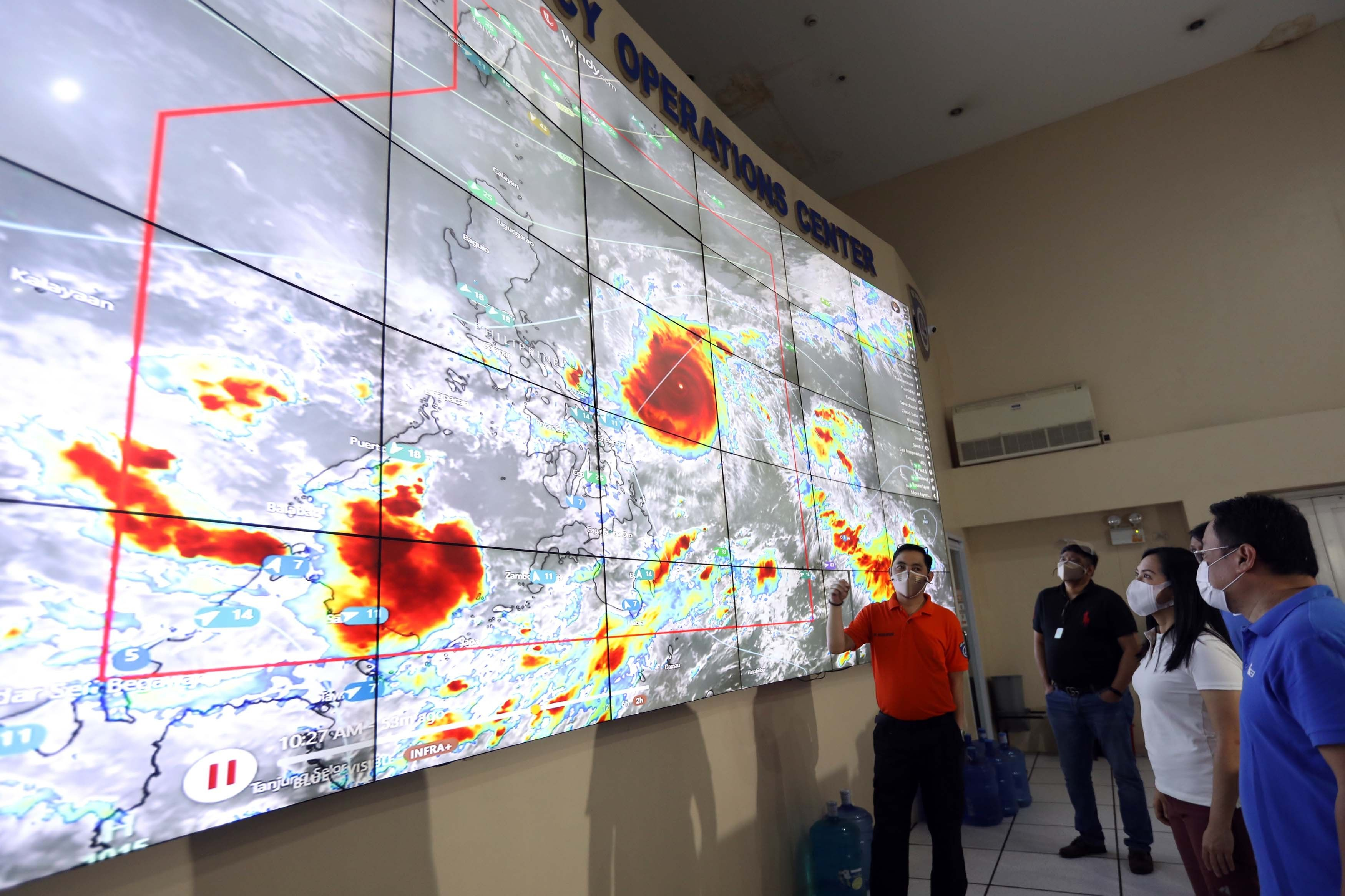 More areas under Signal No. 3 as �Rolly� maintains strength
