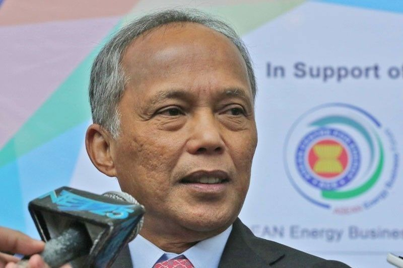 Philippines urges joint oil, gas exploration with ASEAN peers
