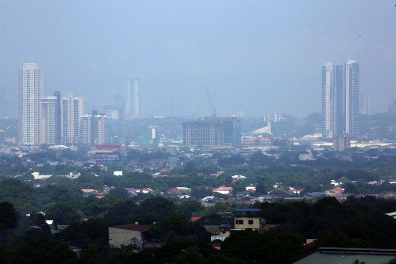 �Philippines recession to last until 2021�