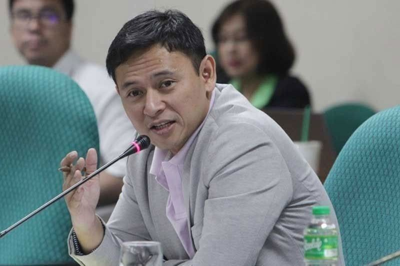 Angara pushes for judges-at-large, marshal service in budget