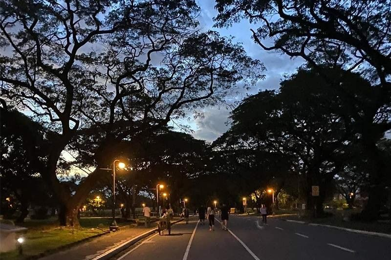 UP temporarily closes Acad Oval to public