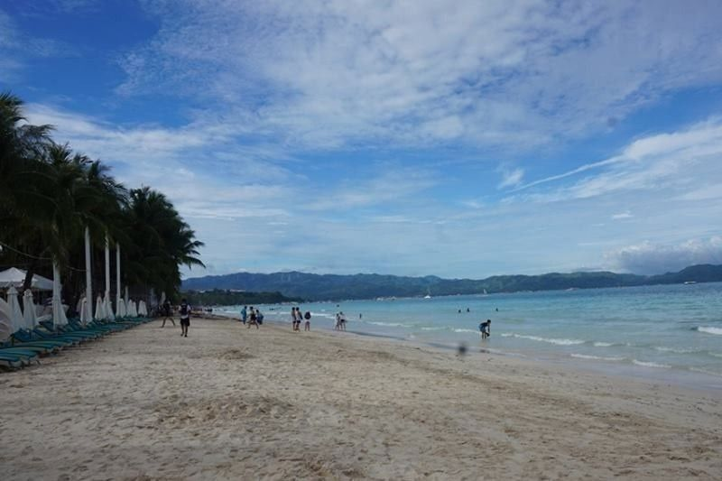 11,000 tourists visit Boracay in January
