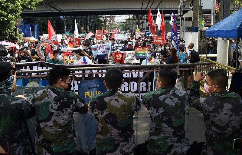 Bagong talaga na AFP chief nangakong 'natuto na' sa isyung red-tagging