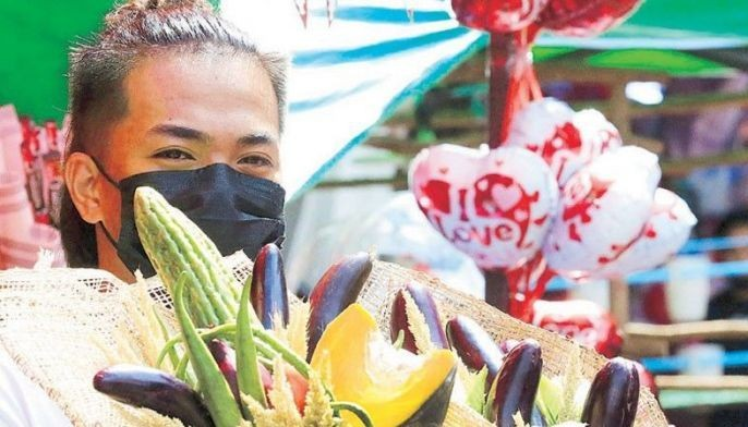 Bouquet Of Cash For Valentine S Philstar Com