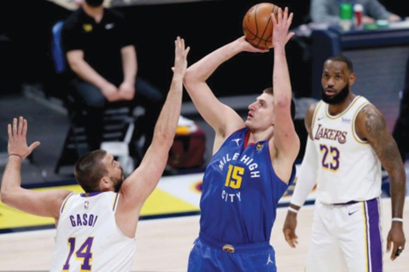 Jokic triple-double sa panalo sa Lakers