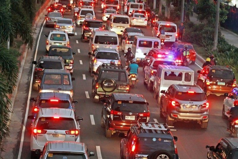 MMDA: Number coding remains suspended