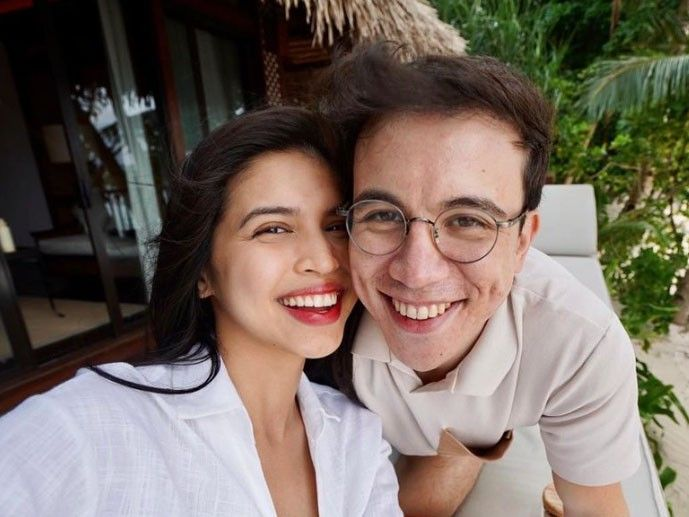 Maine Mendoza congratulates boyfriend Arjo Atayde on new contract with ABS-CBN