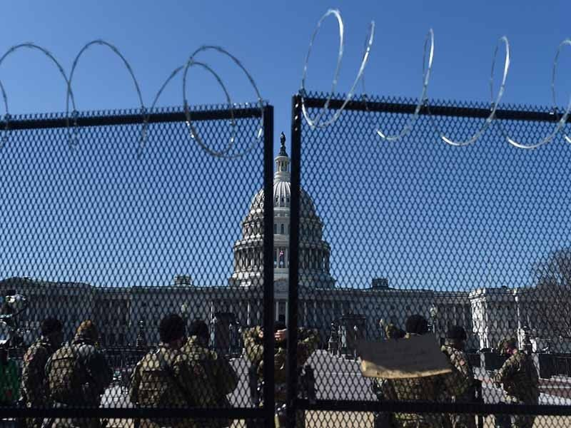 Pentagon weighs keeping on National Guard at US Capitol