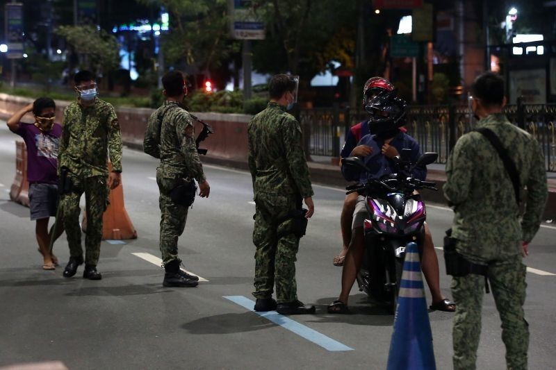 PNP urges public to report lugaw-blocking enforcers, says taking videos not prohibited