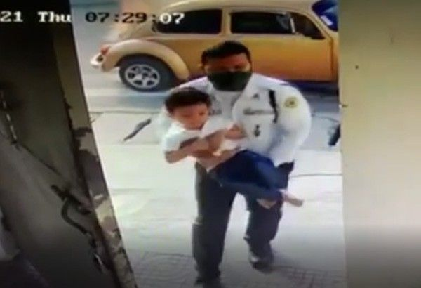 Security guard saves 3-year-old boy from car fire in Mindanao