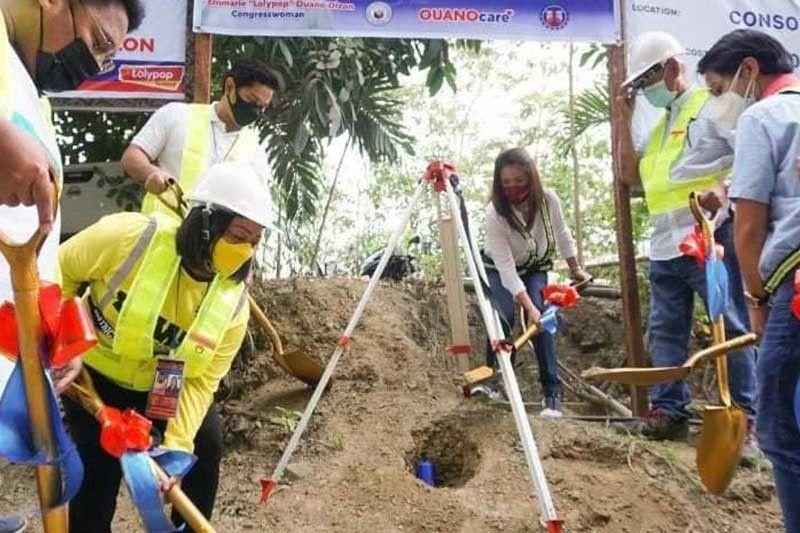 Road projects worth P140 million break ground in Consolacion