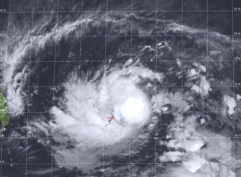 PAGASA: Bagyong 'papasok ng PAR mamaya' tumindi, severe tropical storm na