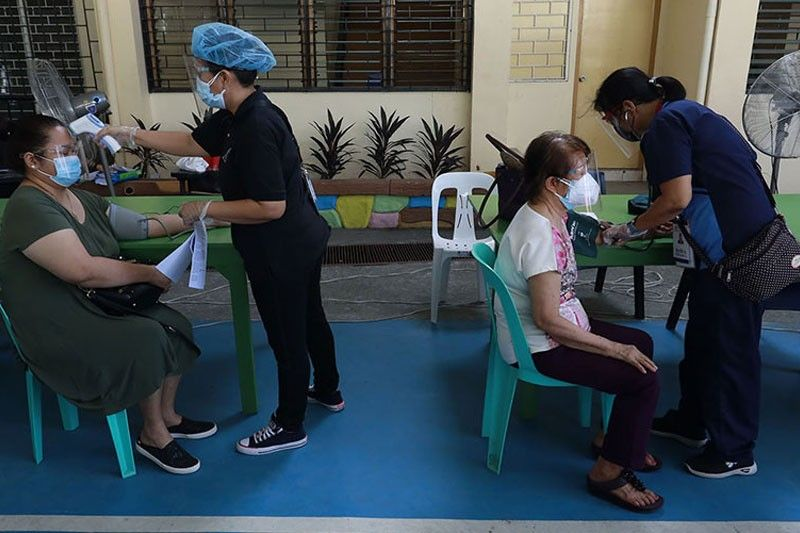 Experts: No need to take BP, heart rate in vaccination screening