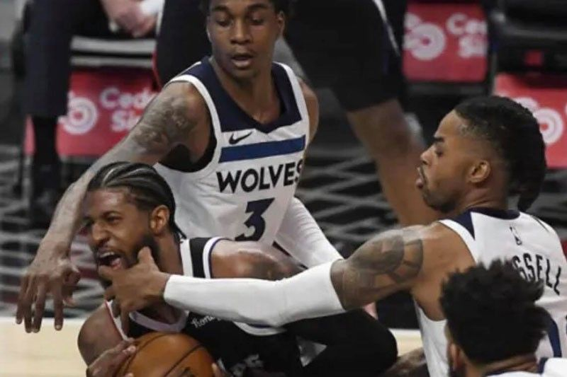 Clippers nirapido ang Wolves