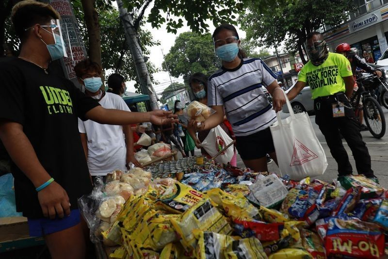 Coronavirus cases in the Philippines hit 962,307 with 9,227 new infections