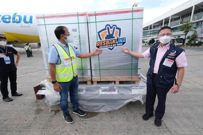 1.5M Sinovac doses arrive in Philippines