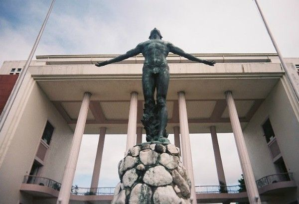 UP exec tells solons: Accord with DND is gov't guarantee to academic freedom