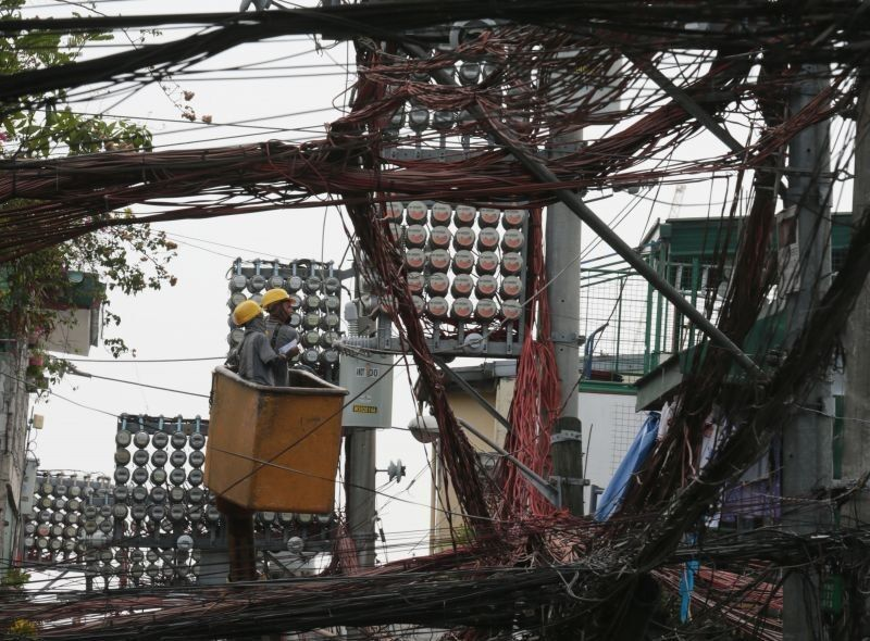 Higher generation charges slightly push up Meralco rates in June