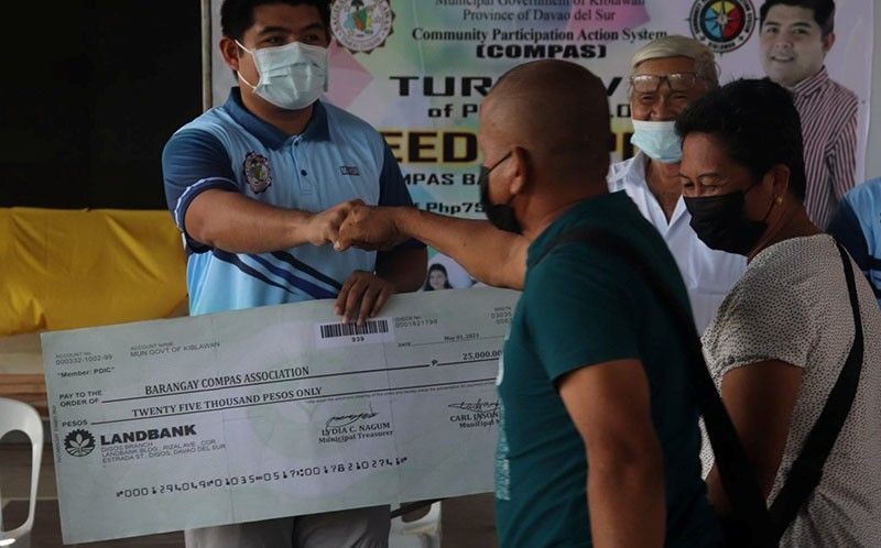 30 Davao del Sur barangays gets support from mining firm