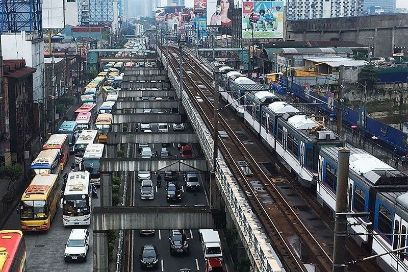 MMDA expects the worst in EDSA traffic
