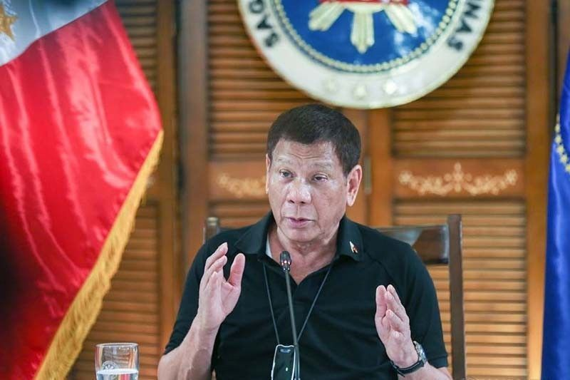 Duterte will face only Philippine courts on drug deaths