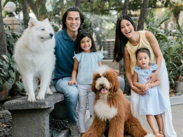 JC Intal now full-time in painting�and parenting