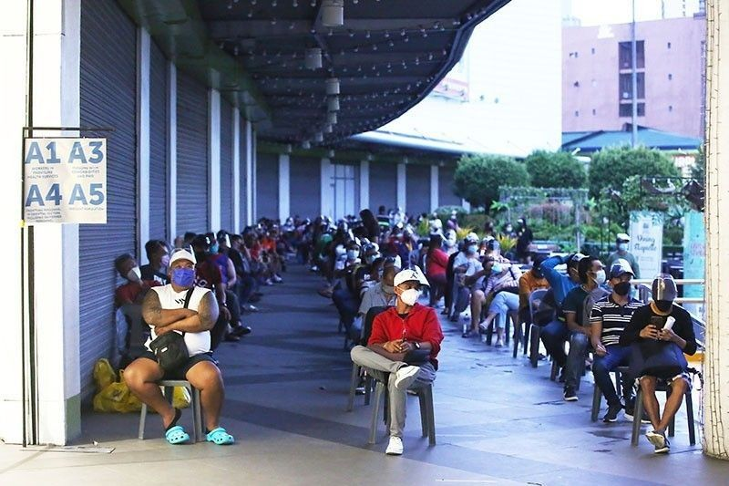5.09% of Filipinos fully vaccinated; gov't nears target of administering 500K jabs daily