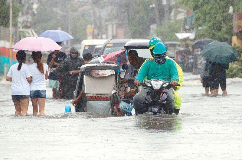 36 villages flooded as Bustos Dam spills