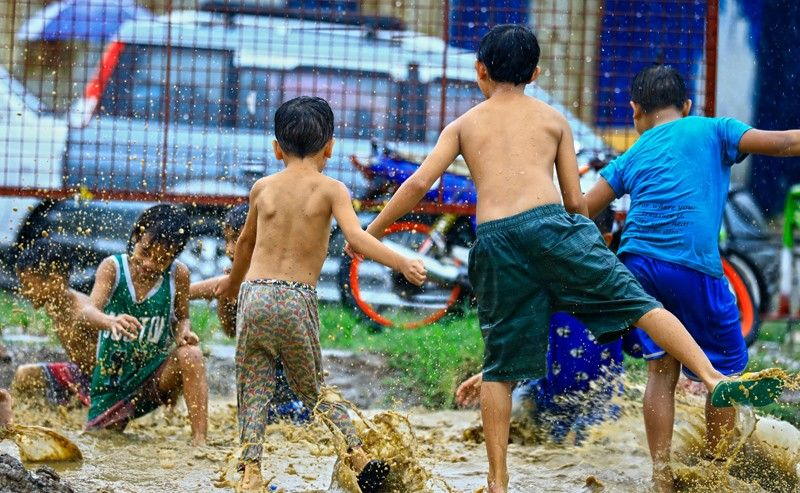PNP chief orders cops to make sure kids stay indoors
