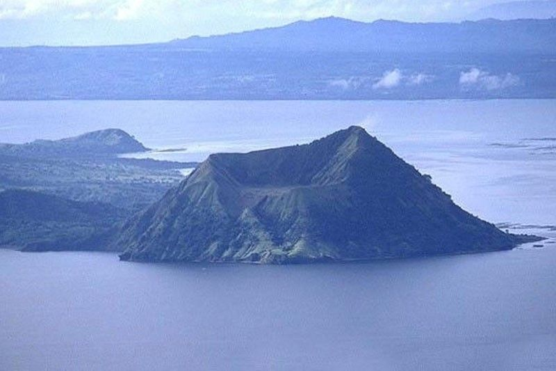 Taal Volcano�s alert level lowered to 2