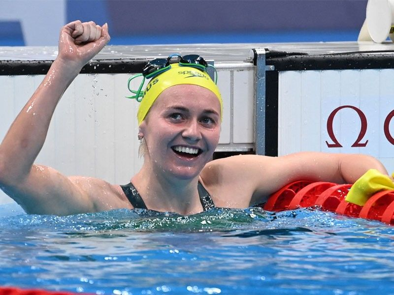 Coach goes wild after his swimmer claims freestyle gold for Australia