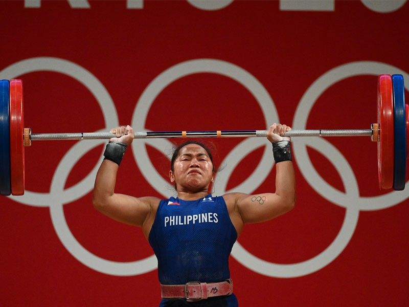 God helped Hidilyn Diaz pull off record-setting golden Olympic lift