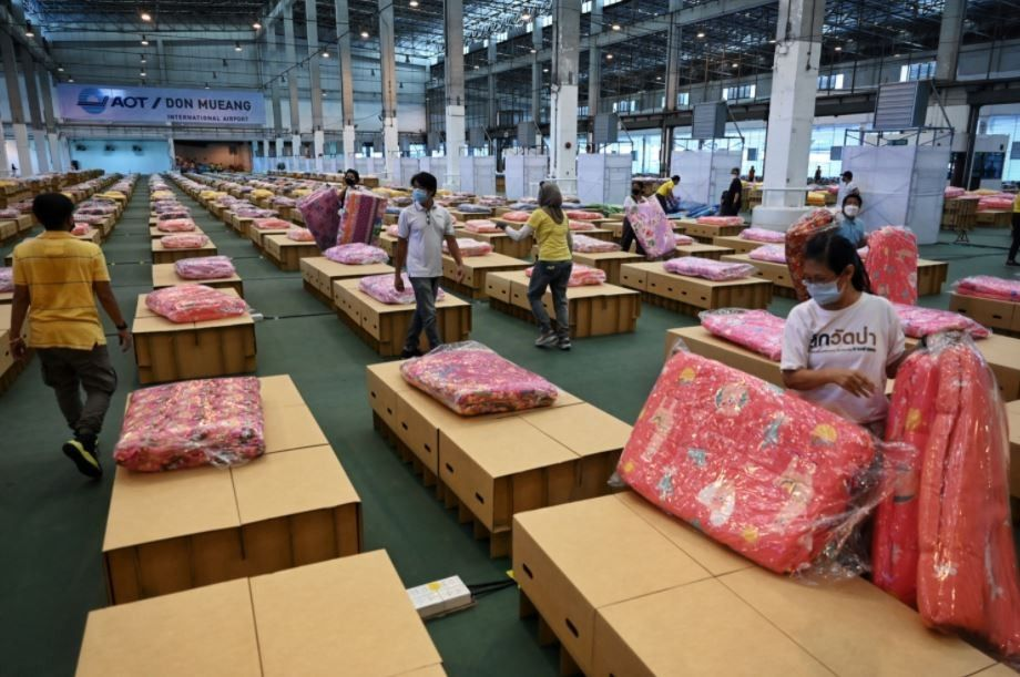 Thai hospitals short of beds as COVID-19 cases soar � ministry