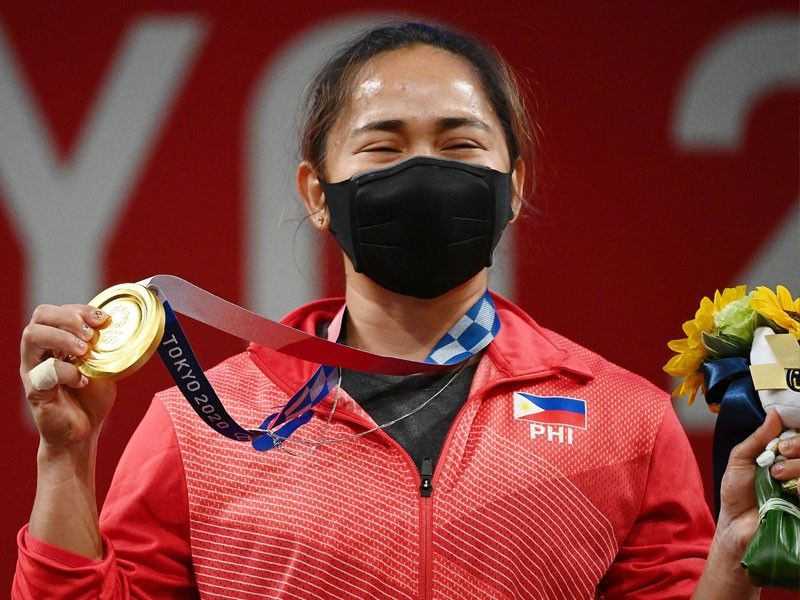 Hidilyn Diaz gets additional P5M from government for golden Olympic feat