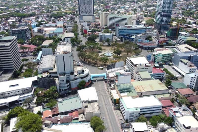 2 hospitals in Cebu City 100% full, others on the brink
