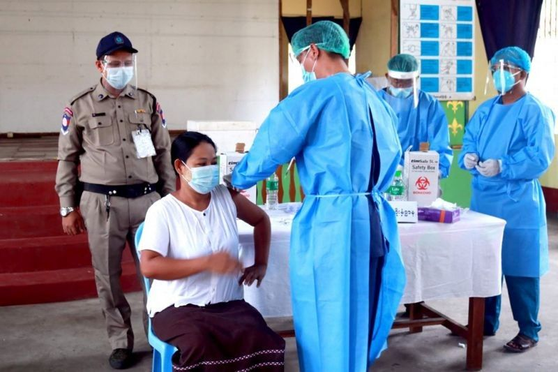 Philippines pledges to give Myanmar COVID-19 vaccines