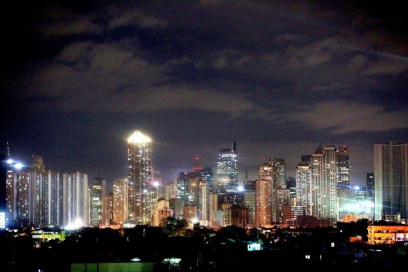 Shorter curfew in Metro Manila during pilot run of alert level system