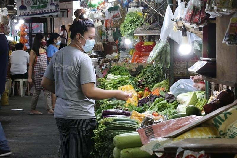 Inflation seen climbing to 4.4%