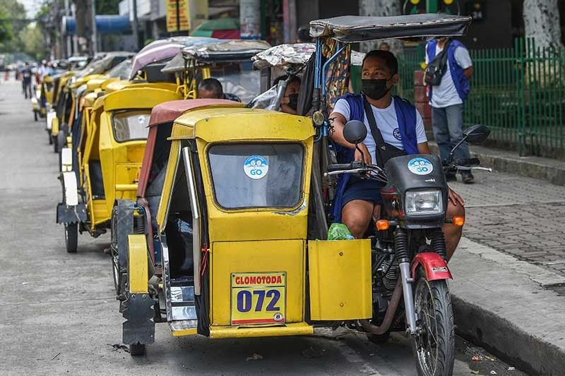Metro Manila�s COVID-19 reproduction number down to 0.99 � OCTA