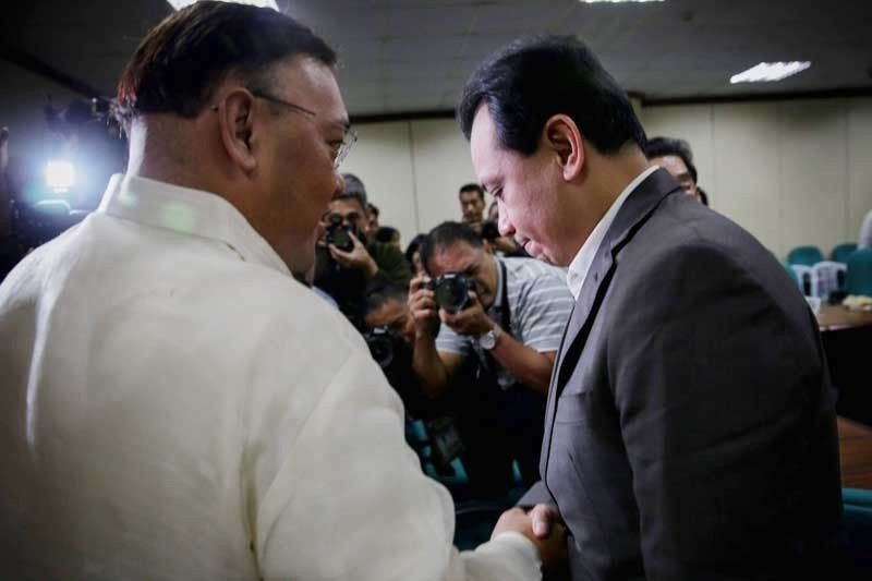 Roque on Trillanes: He can do what he wants