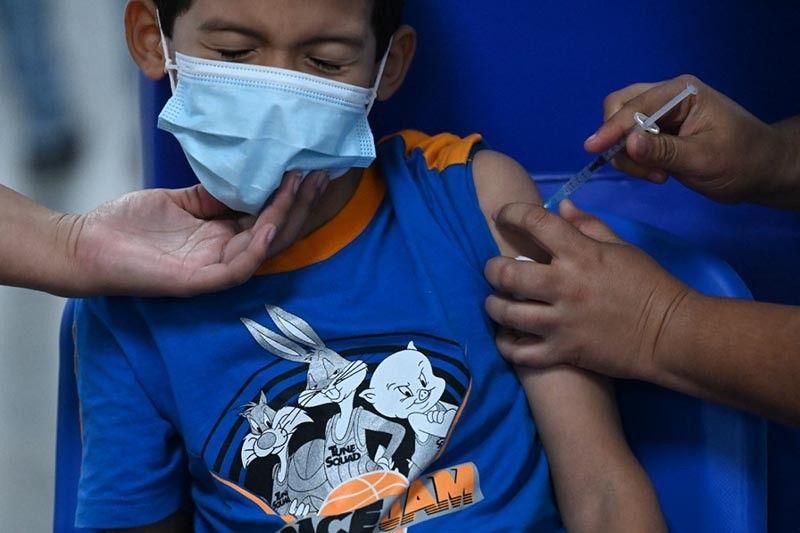¿Vacunas COVID-19 para niños?  Estrategias alrededor del mundo