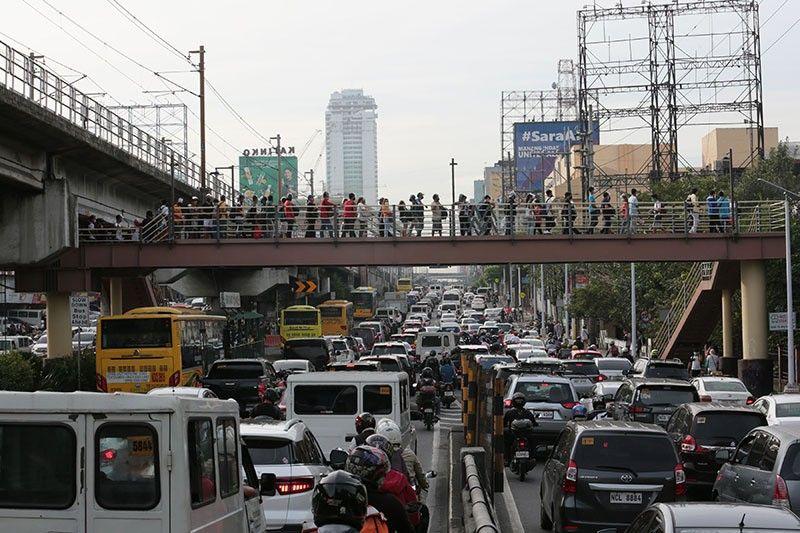 Philippines tops 40,000 coronavirus deaths